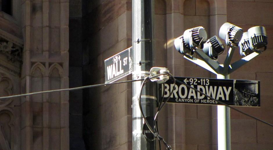 Wall Street z małymi zmianami na koniec dnia. Mocne spadki IBM