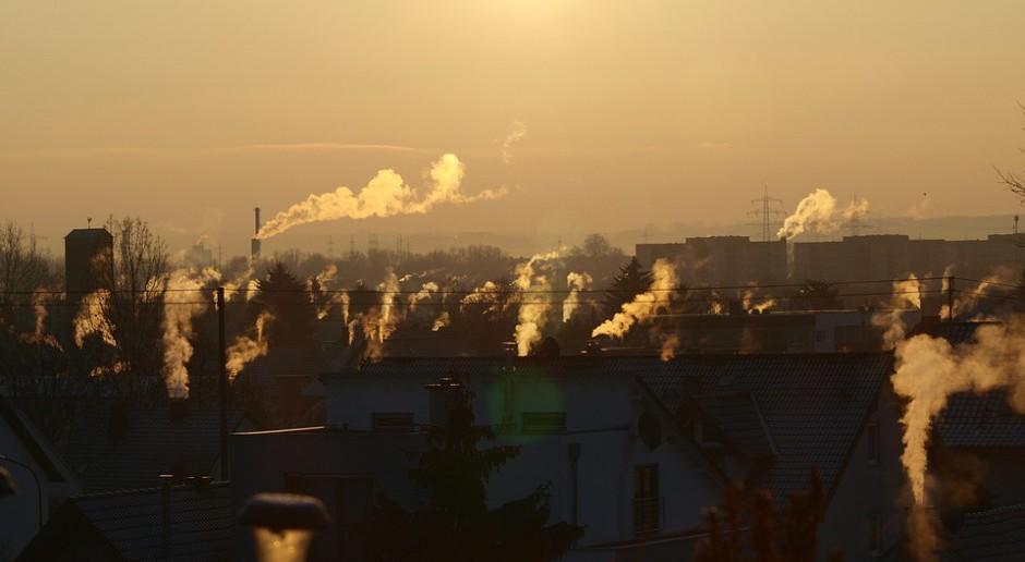 Brak poszanowania prawa ważną przeszkodą w walce ze smogiem
