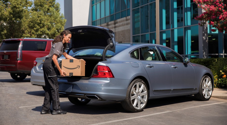 Amazon dostarczy przesyłki kurierskie do samochodów Volvo
