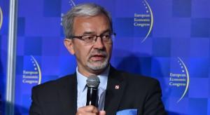 Minister: Polacy robią zakupy, bo ufają rządowi
