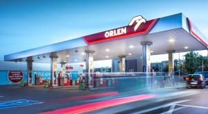 Na Orlenie za benzynę zapłacisz tuż przy dystrybutorze. Wszystko dzięki aplikacji