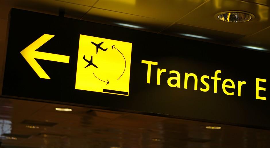 Tajfun Shanshan utrudnia transport lotniczy w Japonii