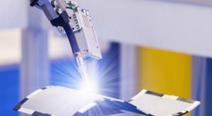 Roboty nas całkowicie nie zastąpią, ale część pracy jednak odbiorą