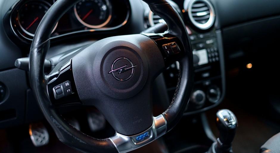 65 proc. polskich gospodarstw domowych ma samochód. W którym regionie najwięcej aut?