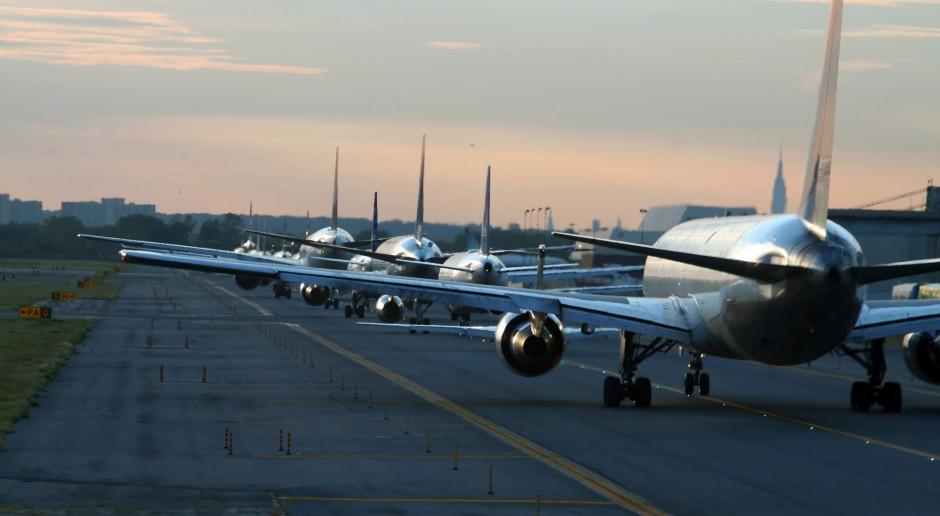 PAŻP: W marcu liczba operacji lotniczych spadła w Polsce o 51 proc. rdr