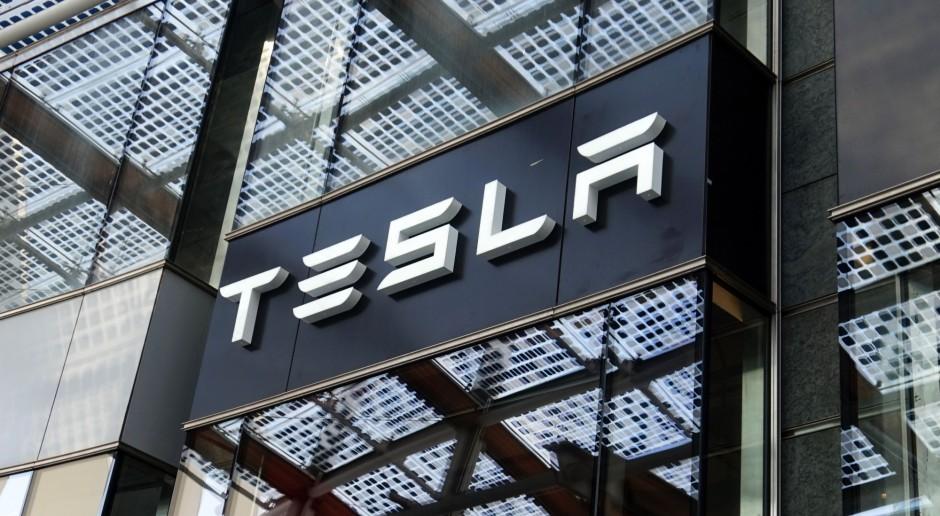 Tesla rozczarowała inwestorów. Kurs akcji mocno w dół