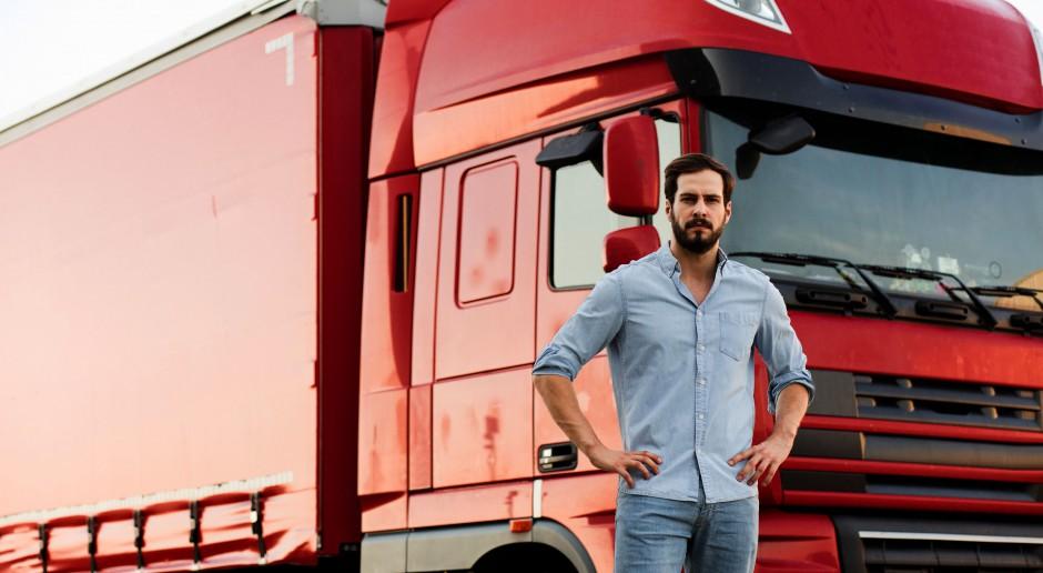 W. Brytania i Francja luzują wymogi dotyczące testów na koronawirusa dla kierowców ciężarówek