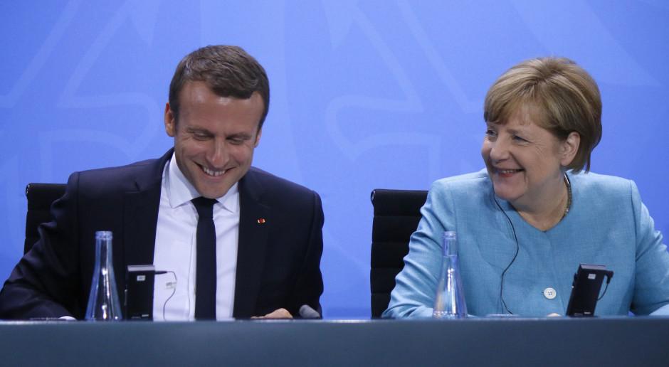 Angela Merkel i Emmanuel Macron chcą budżetu strefy euro
