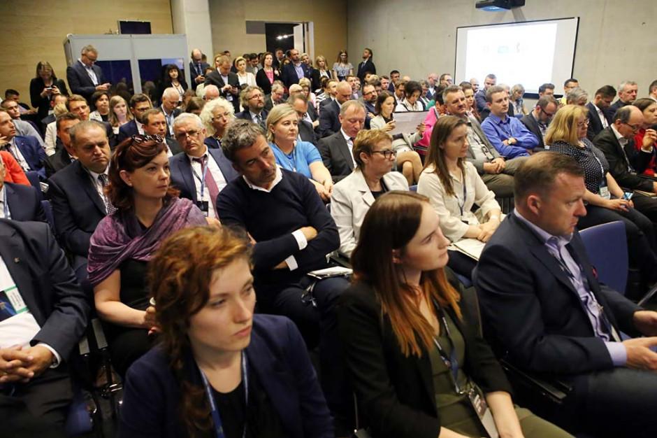 Debata odbyła się 15 maja 2015 r. podczas Europejskiego Kongresu Gospodarczego w Katowicach.