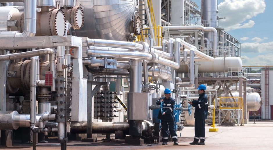 Rafineria Orlenu w Litwinovie rozpoczęła produkcję nowego paliwa
