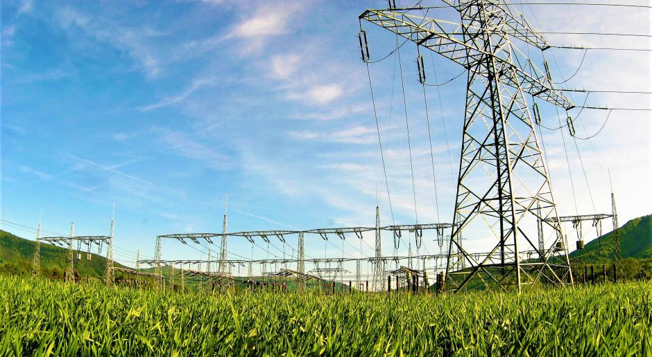 Konsumpcja prądu w Europie dalej słabsza, niż rok temu
