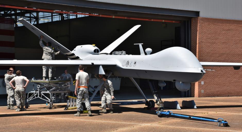 Sztuczna inteligencja w wojsku ma zastąpić człowieka. Stąd już tylko krok do wojny nuklearnej