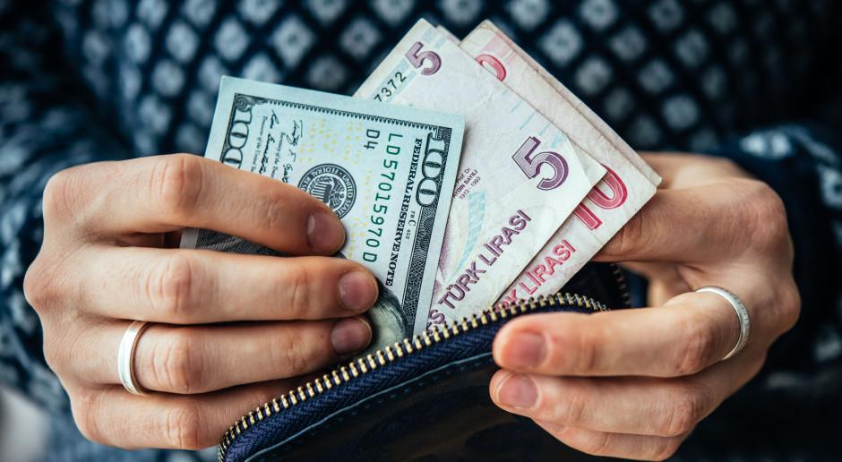 Turecka lira gwałtownie traci na wartości