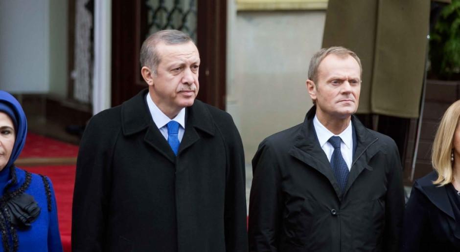 Wakacje tanie jak barszcz, ale upadek tureckiej liry to zła wiadomość dla Polski