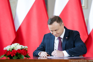 Ustawa o doręczeniach elektronicznych z podpisem prezydenta