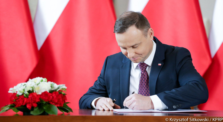Prezydent podpisał tzw. ustawę o KNF