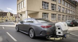 Klienci ruszyli do salonów po nowe auta. Wkrótce ceny pójdą w górę