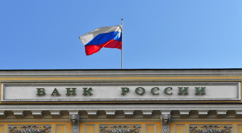 Rosja wstrzymała zakupy walut, by ratować tonącego rubla