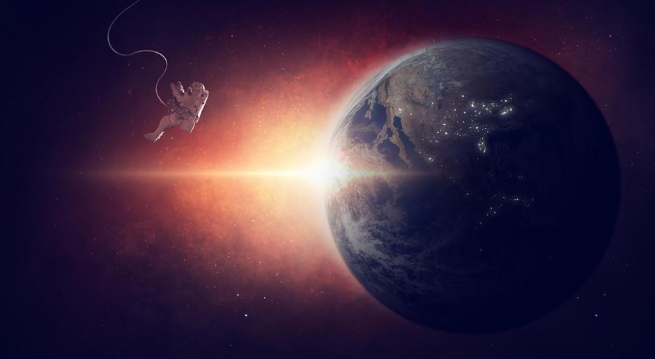 Loty w kosmos. Kto ubezpieczy międzygwiezdnych turystów?