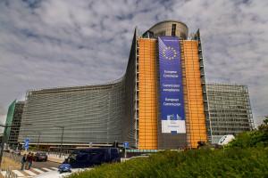 Komisja Europejska daje sobie więcej czasu ws. fuzji Orlenu i Lotosu