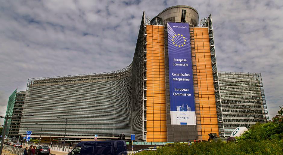 W poniedziałek pilne spotkanie państw UE w związku z nową odmianą SARS-CoV-2
