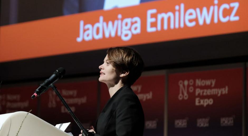 """Megaapel 24 organizacji do minister Emilewicz. """"Pozostało jedynie kilka dni..."""""""