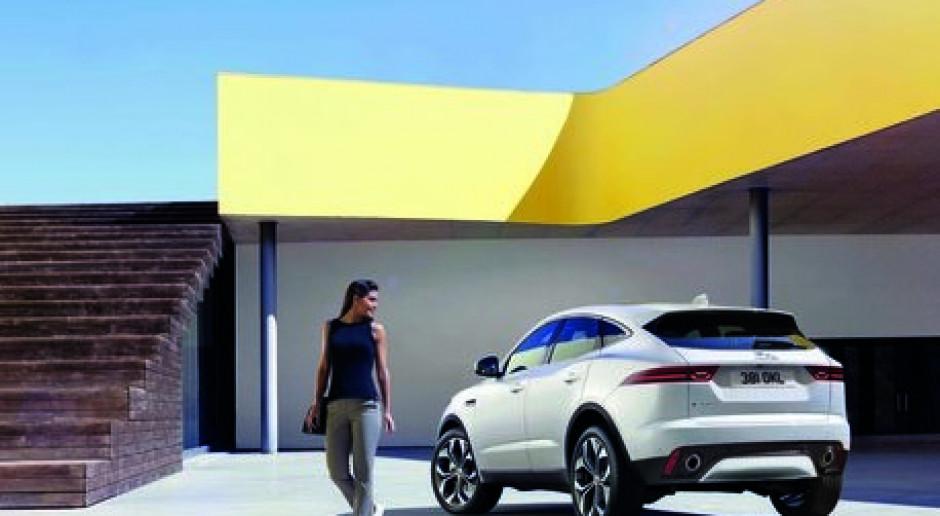 Sprzedaż Jaguarów i Land Roverów wzrosła niemal o połowę