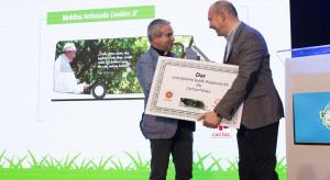 Górnicza spółka ufundowała autobus dla Caritasu