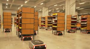 Coboty przyspieszą dystrybucję paczek w e-handlu