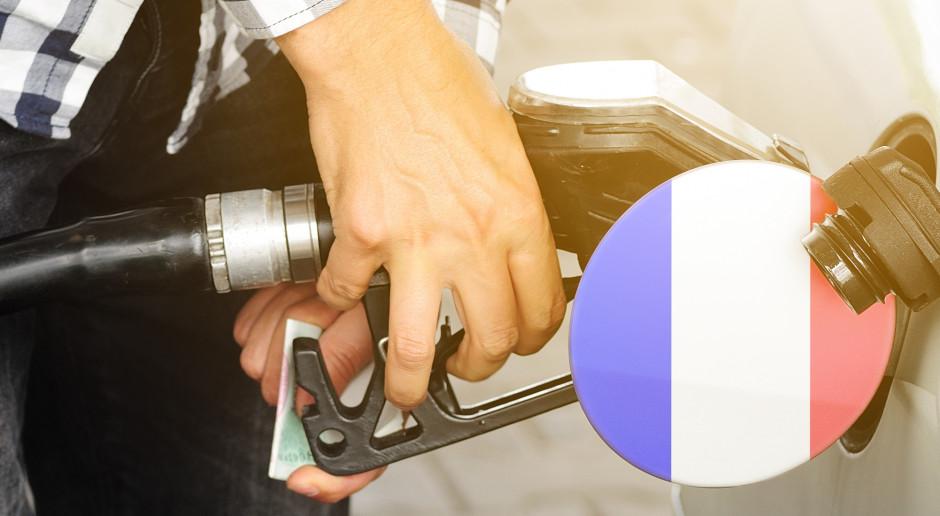 Francuski rząd ogłasza program pomocy dla najuboższych kierowców