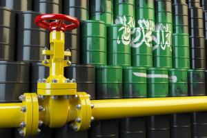Na rynku ropy Arabia Saudyjska grozi wojną cenową