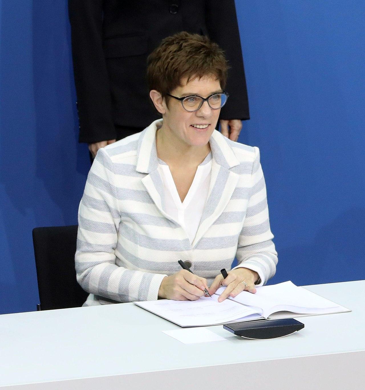 Annegret Kramp-Karrenbauer. Nowa szefowa CDU a potem kanclerz? fot. Wikimedia Commons