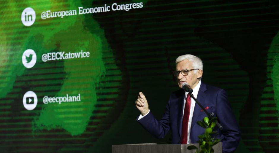 Jerzy Buzek: nie możemy zbyt ambitnie odchodzić od węgla, bo zdusimy gospodarkę