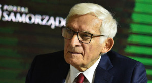 Buzek: szkoda, że Polska nie wpisała się w strategię, jaką przyjęły kraje UE
