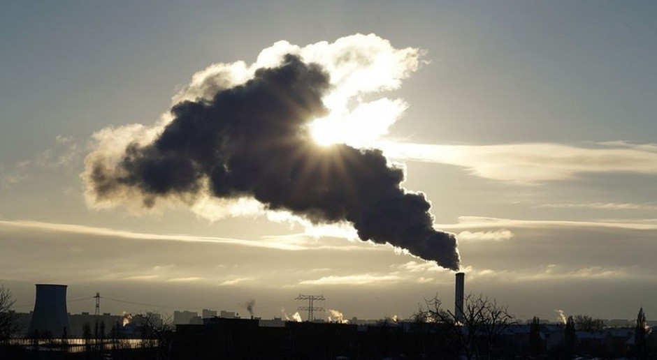 Największy na świecie zakład wychwytujący węgiel z powietrza ruszył w Islandii