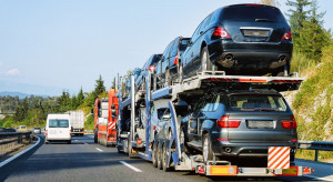 Import używanych samochodów w dół