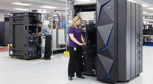"""IBM zwolni tysiące pracowników, by zachować """"elastyczność"""""""