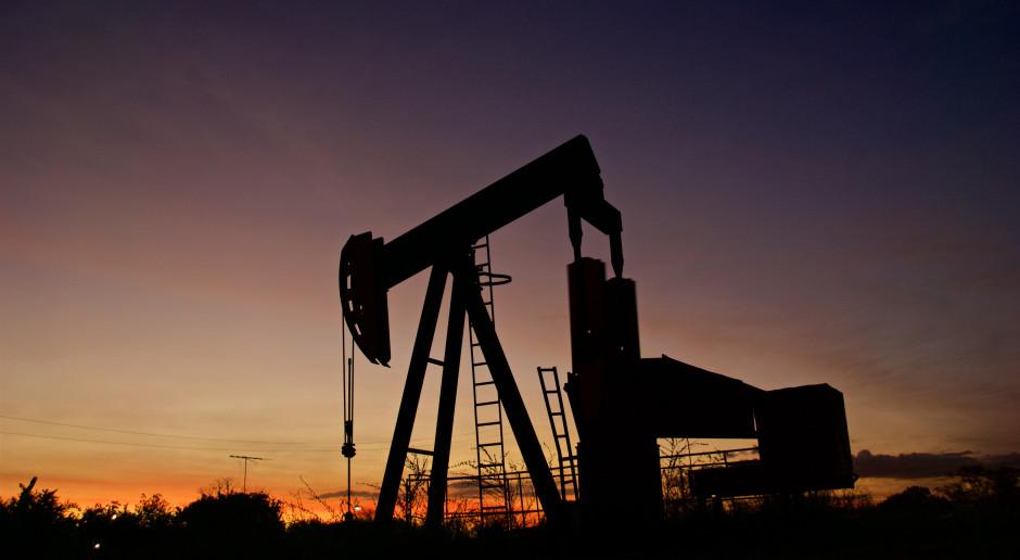Nerwowo na rynkach. Cena ropy w górę