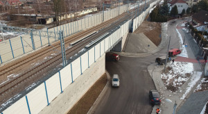 Kolejarze chwalą się wiaduktem na trasie z Krakowa do Katowic