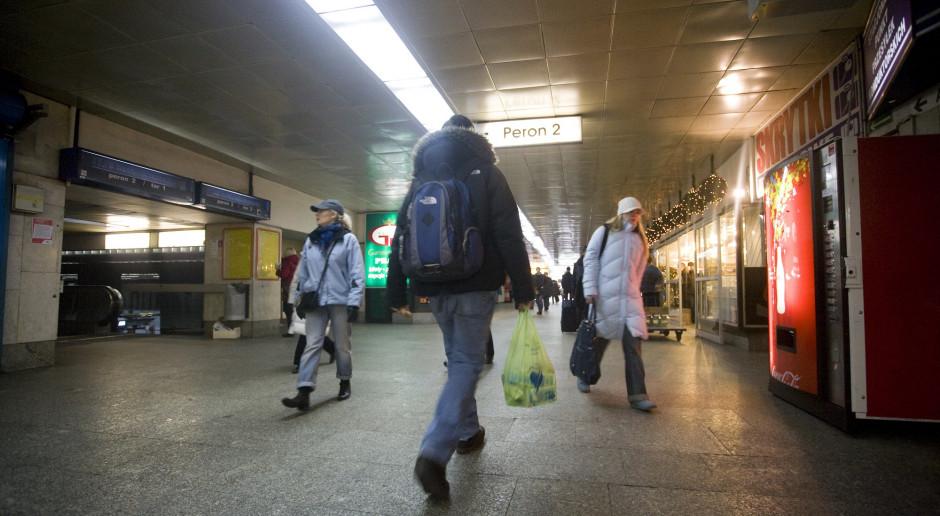 Współpraca kolejowych przewoźników z firmami autobusowymi rozwiąże problem 14 milionów Polaków?