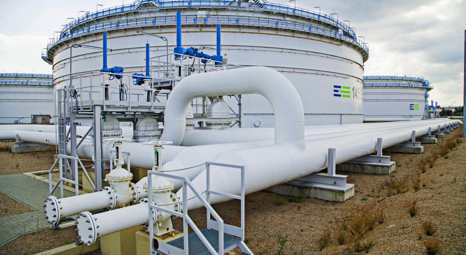 Plac budowy nowych zbiorników PERN w Gdańsku przekazany wykonawcy