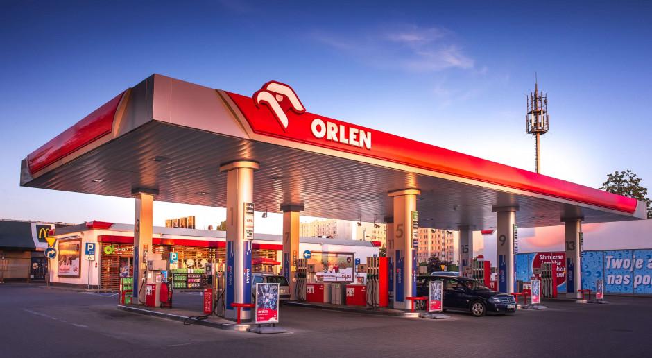 Na stacjach Orlenu zniżki na paliwo dla żołnierzy WOT