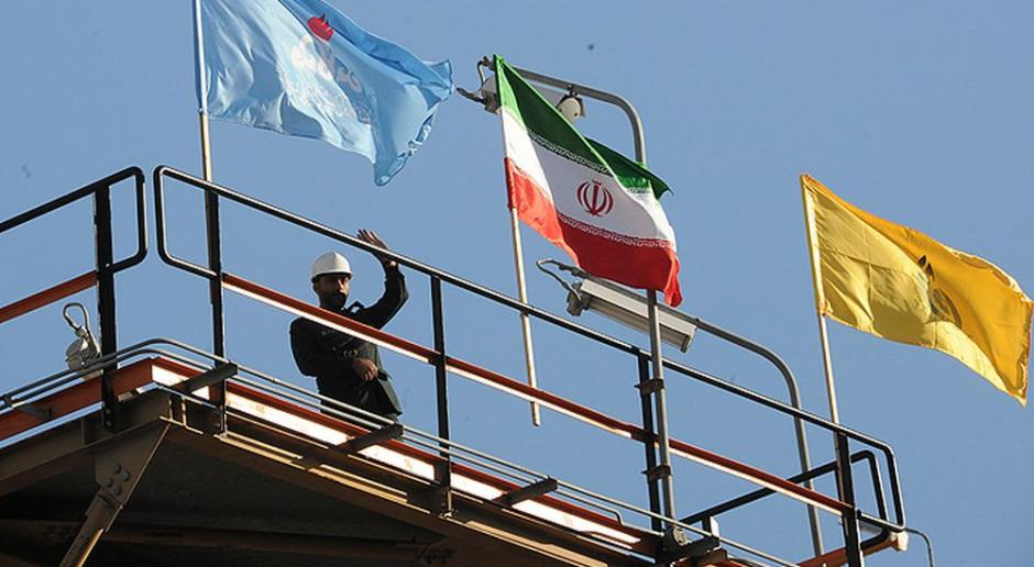 Iran kończy z importem benzyny i nie boi się sankcji USA