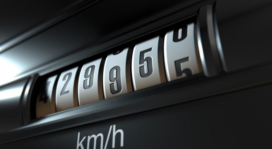 Lata walki z przekręcaniem liczników w autach – widać bliski finał