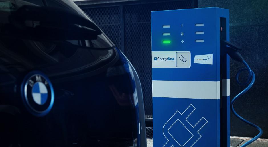BMW i Daimler przeznaczą 1 miliard euro na wspólne działania w usługach mobilnych