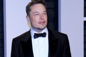 Elon Musk stracił 27 miliardów dolarów w jeden tydzień