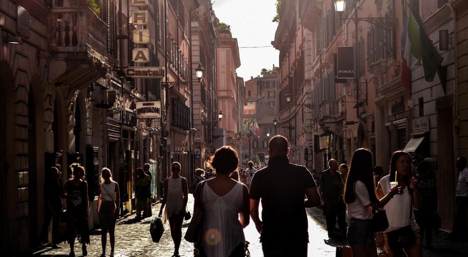 Włochy: Sycylia kolejnym regionem z godziną policyjną