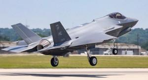 Nowe samoloty dla wojska potrzebne od zaraz