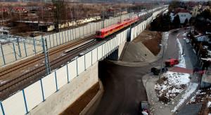 Przebudowa kluczowej dla Polski linii kolejowej coraz bliższa zakończenia