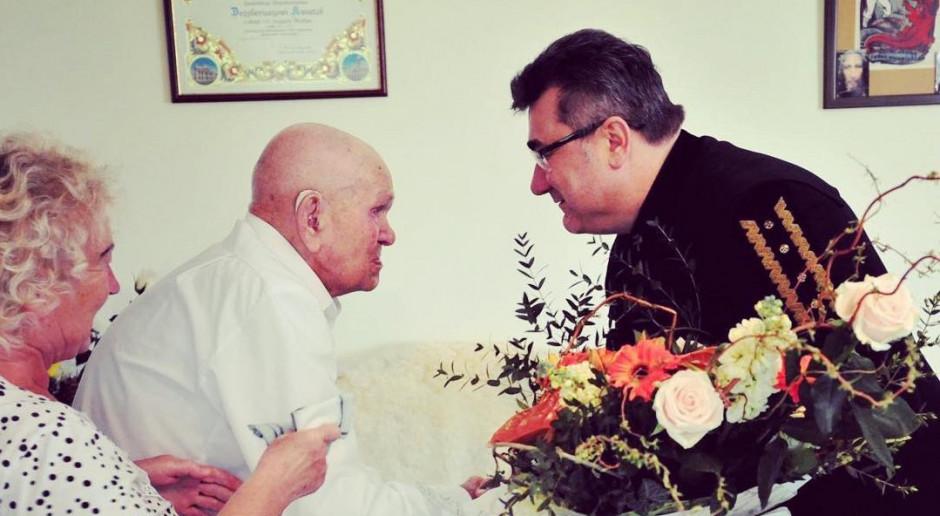 Wiceminister energii złożył wizytę najstarszemu górnikowi w Polsce